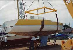 boat lift for fitting of bulb keel