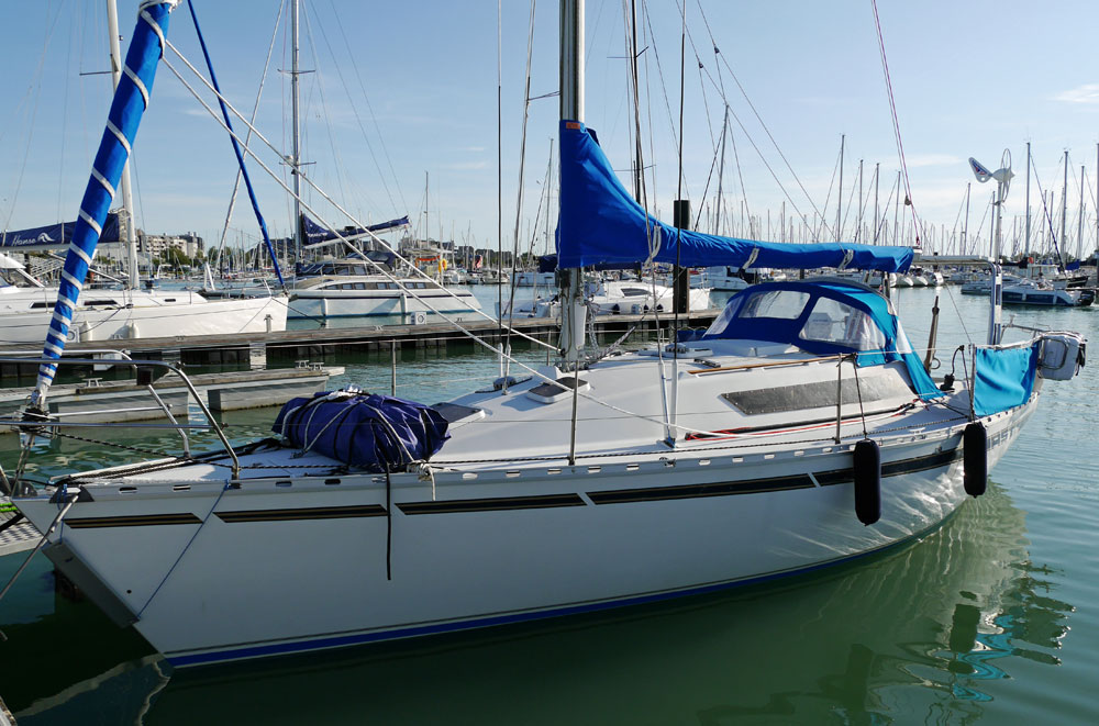 A Beneteau First 30 production cruising yacht