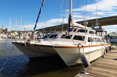 'Felix', a Catalac 10m catamaran for sale