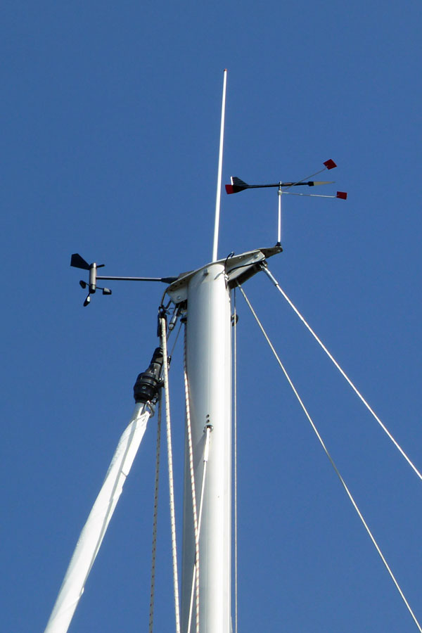 Masthead Instruments but no Navigation Lights