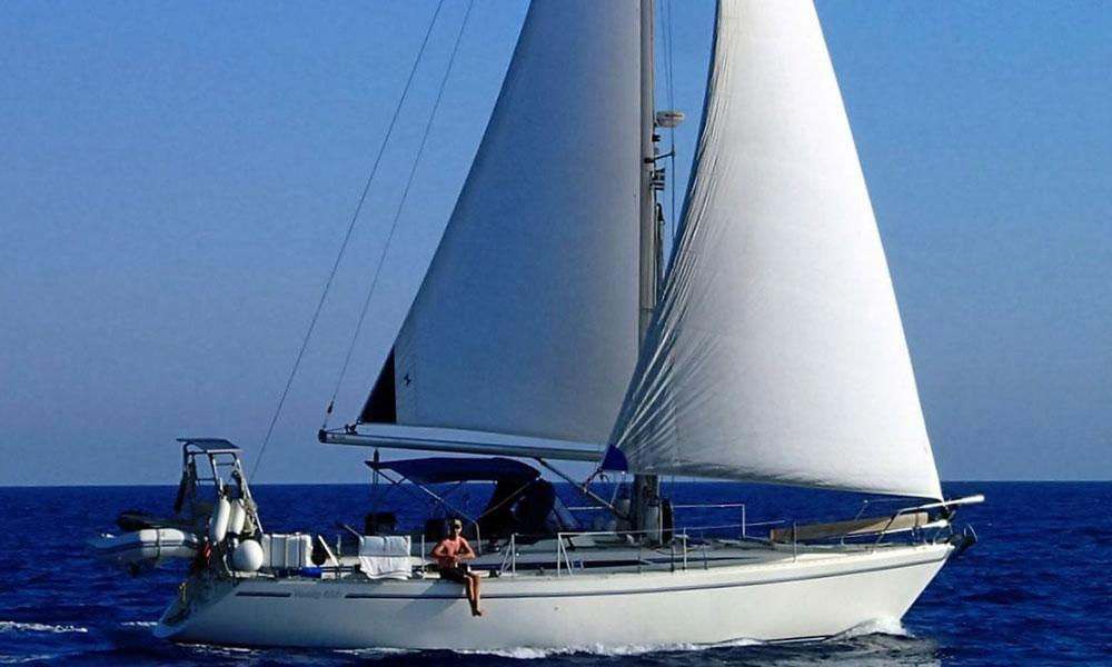 'Vega', a Moody 425 sailboat