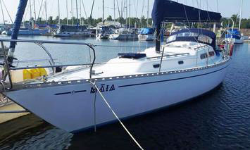 'Maia', a Pacific 38 for sale