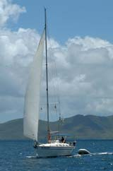 sailing sloop with fractional rig
