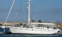 'Hakuna', a wooden hulled sailboat