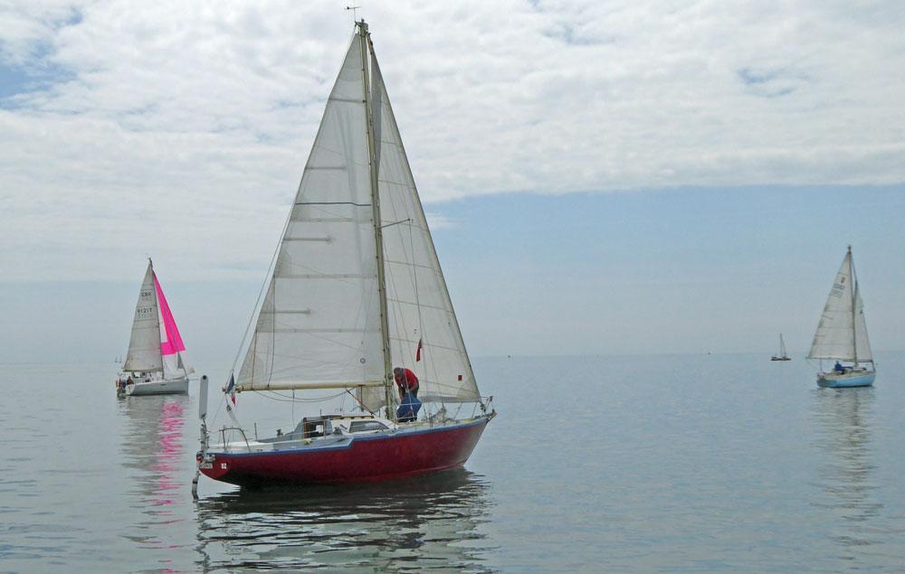 Sailboat 'Gwezer', a Jouet Regent