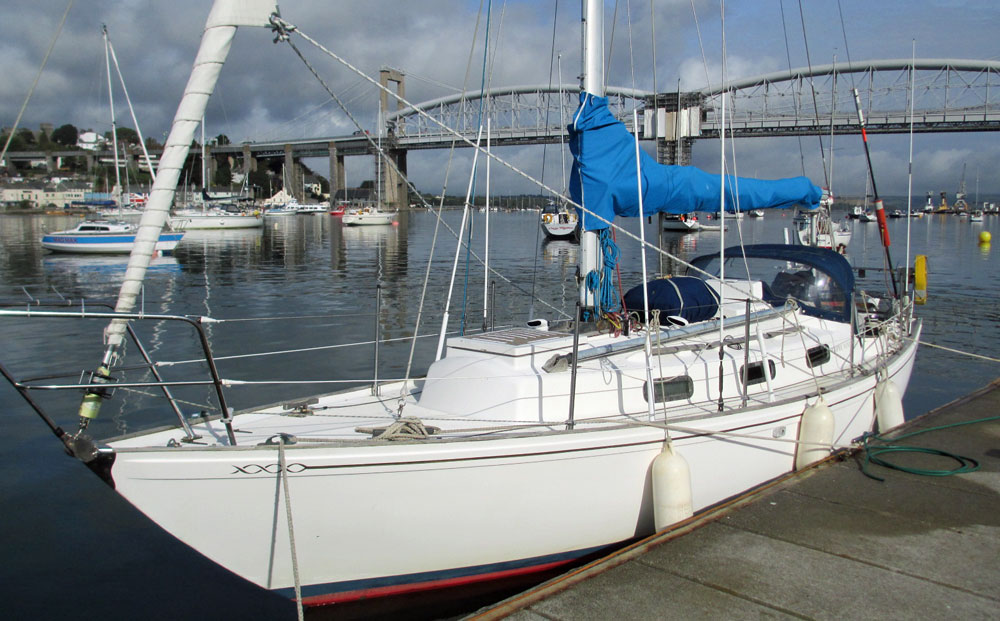 A Twister 28 sailboat