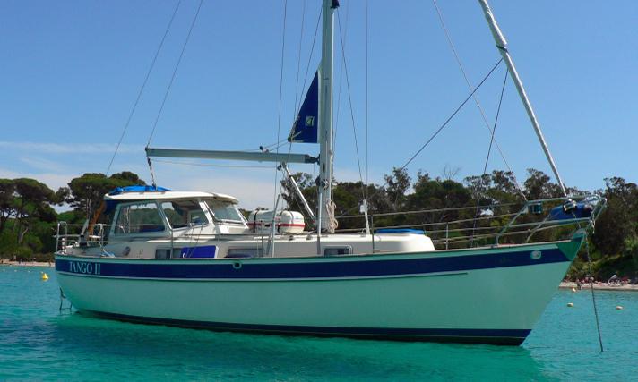 Hallberg Rassy 94 cruising yacht