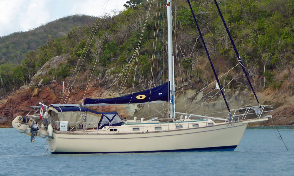 Island Packet 38 sailboat