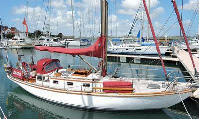 An Arthur Robb 35 cruising yacht