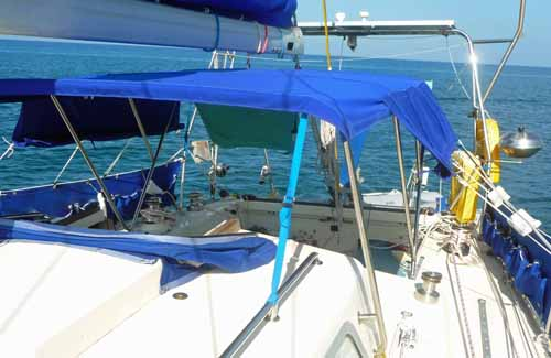 bimini with roll-up sidescreens