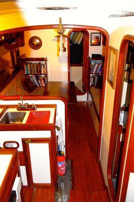 Aldarion Main Cabin Forward View